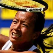 Keothavong stuns Italian seed
