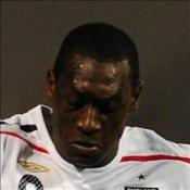 Heskey shrugs off chants