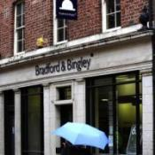 Bradford & Bingley to axe 370 jobs