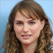 Natalie Portman splits from rocker?