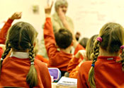 Schools told to fight extremism