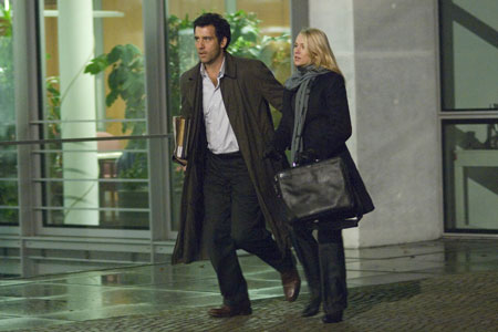 Clive Owen and Naomi Watts star in The International
