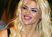 Anna Nicole Smith's boyfriend charged over supplying drugs