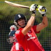 Pietersen overlooked for captaincy
