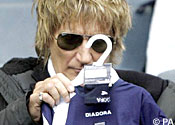 Rod Stewart branded 'cheap' by son in TV court