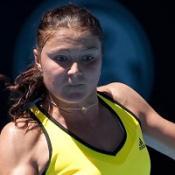 Kuznetsova sets up Safina showdown