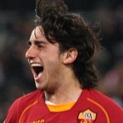 Benitez hails Aquilani