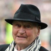 Premier League to honour Robson