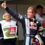 Vettel eyes title chance