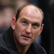 Dallaglio joins task group