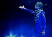 The critics gave Michael Jackson tribute movie This Is It a mixed reception