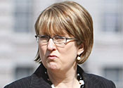 Jacqui Smith ordered to say sorry for expenses breach