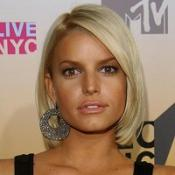 Jessica Simpson says she's looking for an intellectual man