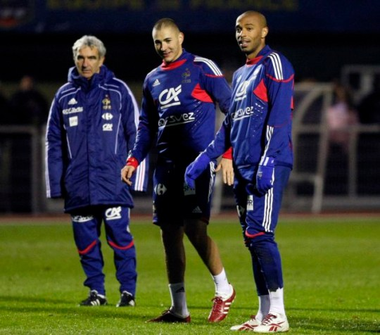 France's National soccer coach Raymond Domenech, Karim Benzema and captain Thierry Henry attend a training session at Clairefontaine  ahead of their World Cup 2010 play off qualifying soccer match against Ireland.