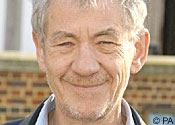 Sir Ian McKellen: Gays were treated like persecuted Jews