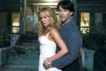 Anna Paquin and Stephen Moyer in True Blood