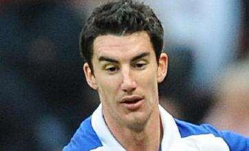Ridgewell strikes late to deny Spurs