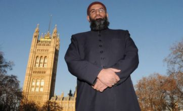 Muslim group condemn march in Wootton Bassett