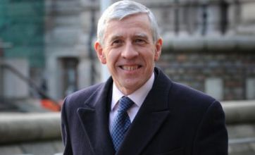 I could have vetoed war, says Jack Straw