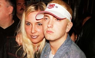 Eminem denies wedding and pregnancy talk