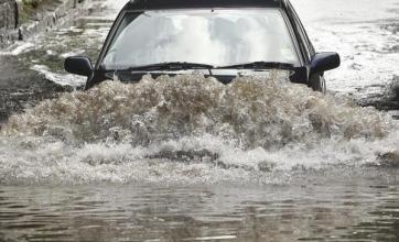 Downpours set to spark flooding