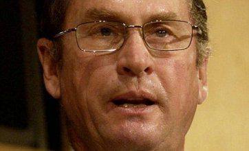 Tory peer Lord Ashcroft promises to pay taxes