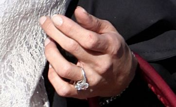 Simon Cowell's fiancé Mezhgan Hussainy shows off engagement ring and gangly hand
