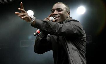 Akon postpones Sri Lanka gig after Sexy Chick video uproar