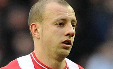 Hutton seeks Sunderland switch