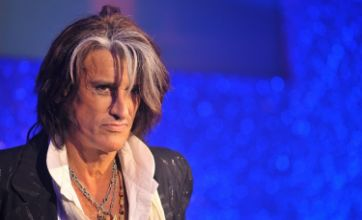 Nick Cave and Led Zeppelin are on Aerosmith guitarist Joe Perry's iPod