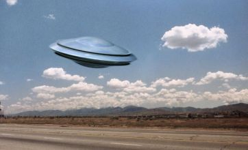 Police officer claims flashing blue light was UFO