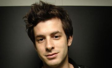 Mark Ronson: 'I'm working with Amy Winehouse again'