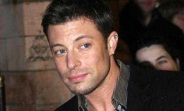 Duncan James quits Legally Blonde