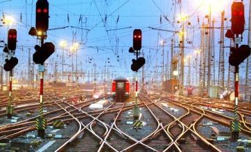 Union vows fresh rail strike ballot