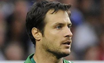 Carlo Cudicini agrees new Spurs contract
