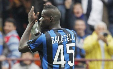 Manchester City and Chelsea battle over Mario Balotelli and Marek Hamsik
