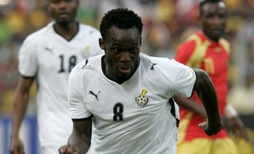 Chelsea's Michael Essien ruled out of World Cup with knee injury