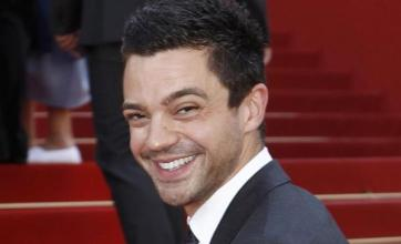 Dominic Cooper says no to eyeliner