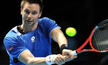 Soderling eases into second round