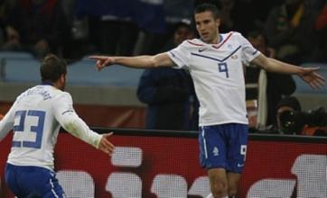 Arjen Robben back as Holland beat Cameroon