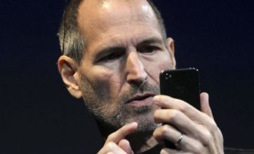 Apple's iPhone 4 retina display claims are 'marketing puffery', says expert