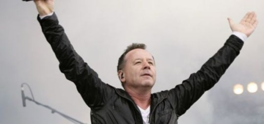 Jim Kerr of Simple Minds performing during the Isle of Wight festival