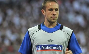 Upson to replace Carragher