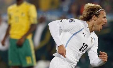 Forlan at the double for Uruguay