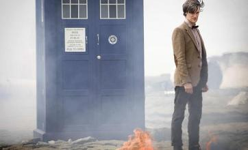Doctor Who writer hits back at Fry