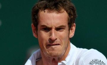 Murray stays on course