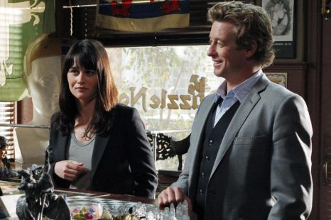 Robin Tunney as Teresa Lisbon and Simon Baker as Patrick Jane in The Mentalist, Five, 9pm