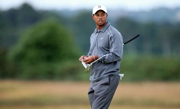 Tiger Woods dumps well-worn Titleist putter for Nike in search of Open title
