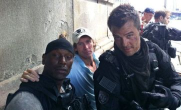 Transformers 3: Tyrese Gibson shares new on-set photos on Twitter