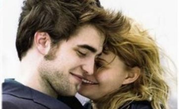 Robert Pattinson shows his moody side in Remember Me